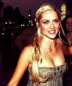 teresa palmer. Don't know her but definitely jealous of her.