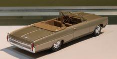 1964 Pontiac Bonneville Convertible Promo Model Saddle Bronze Promotional Model, Pontiac Bonneville, Diecast Models, Scale Models, Convertible, Bronze, Plastic, Cars, Scale Model