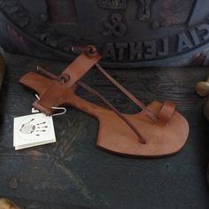 Sandalo Tuo Modello da Uomo realizzato da reto u.