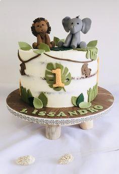 Jungle Safari Cake, Safari Birthday Cakes, Safari Baby Shower Cake, Gateau Baby Shower, Baby Boy 1st Birthday Party, Safari Cakes, First Birthday Cakes, Baby Shower Cakes, Birthday Ideas