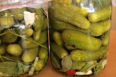 Okurky sladkokyselé bez sterilace Pickles, Cucumber, Smoothie, Recipies, Homemade, Canning, Vegetables, Food, Mario