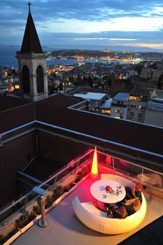 360istanbul : On top of the Misir Apartment building is 360, an uber-trendy restaurant and bar. It's open for meals, but the best time to go is probably for sunset. |Read more : http://www.theguideistanbul.com/spots/detail/943/360istanbul