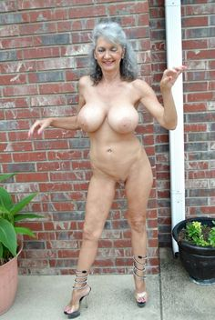 Mature naturist gallery