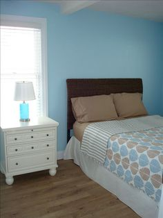 When you arrive at your vacation rental and it is really clean and nicely decorated!  www.ClementsLakeErieCottages.com