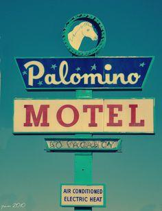 Palomino Motel, vintage neon sign