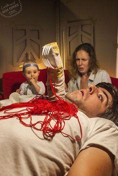 Filmes e Programas de TV Recriados com Coisas Encontradas em Casa — Carolina Ferreira — Medium