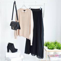 MAXI PLEATED BLACK SKIRT / MONASHE.PL - sklep online z modna odzieza.