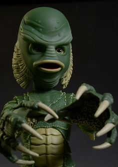 Mezco Living Dead Dolls Creature from the Black Lagoon  IN HAND Ready 2 Ship!!