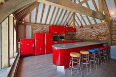 Retro kitchen in handmade oak framed barn Pergola, Barn, Loft, Outdoor Structures, Traditional, Retro, Frame, Kitchen, Handmade