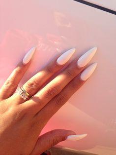 #whitenails