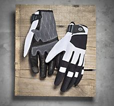 Don't start your journey without these gloves. Four premium materials merge to create the ultimate riding glove unrivaled in form and function. Biker Gloves, Motorcycle Gloves, Women's Gloves, Harley Davidson Online Store, Harley Davidson Gifts, Biker Chick, Biker Girl, Riding Gear, Motorcycle Parts And Accessories