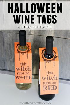 Halloween Wine Tags - a free printable - This witch runs on red - printable Halloween wine labels for the perfect hostess gift Halloween Labels, Halloween Gifts, Halloween Decorations, Halloween Stuff, Halloween Ideas, Witch Bottles, Drink Tags, Etiquette Vin, Discount Wine