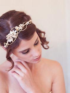 Gold Pearl Crystal Bridal Hair Wreath, Gold crown, bridal halo, Crystal Bridal Headpiece, Gold Crystal Hair Vine Headpiece, Modern Tiara