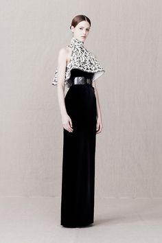 Fuck Yeah Fashion Couture   yourmothershouldknow: Alexander McQueen...