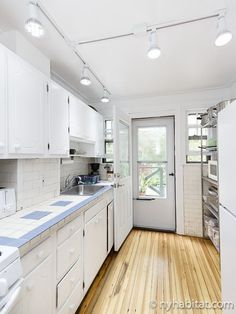 This furnished three bedroom Queens apartment features a  private terrace, which is perfect for entertaining guests in this New York neighborhood http://www.nyhabitat.com/new-york-apartment/furnished/16499