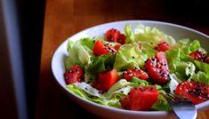 Salate vegetariene simple si sanatoase: 7 salate pe care le vei iubi Guacamole, Smoothie, Gem, Avocado, Cancer, Mexican, Chicken, Simple, Ethnic Recipes