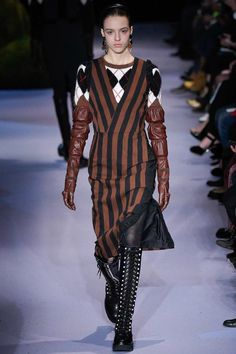 See the complete Altuzarra Fall 2017 Ready-to-Wear collection.