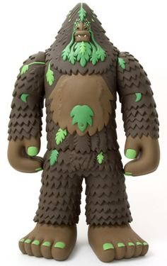 STRANGEco : Designer Toys, Art and Features : BIGFOOT - Brown by Bigfoot One