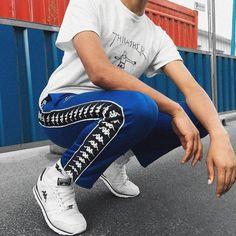 Street Style : Old school Kappa- Tap the link now to see our super collection of accessories made just for you! Cute Fashion, Look Fashion, Urban Fashion, Mens Fashion, Fashion Outfits, Fashion Design, Streetwear Mode, Streetwear Fashion, Sneakers Mode