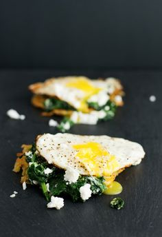 Feta Eggs Florentine on Hashbrown by bsinthekitchen: Crunchy hashbrown topped with sauteed spinach, feta cheese and topped with a fried egg, running it's yolk all over the place.  #Eggs #Hashbrown #Feta