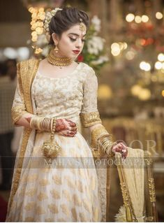 Brides sister ( this would be a good nikkah dress for the brides sister ) Pakistani Bridal Hairstyles, Pakistani Wedding Outfits, Pakistani Dresses Casual, Pakistani Wedding Dresses, Pakistani Dress Design, Bridal Outfits, Hairstyles For Lehenga, Indian Hairstyles, Bride Hairstyles