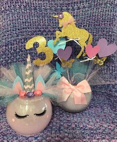 Glitter And Gold Refferal: 7966953640 1st Birthday Girls, Unicorn Birthday Parties, Unicorn Party, Birthday Party Themes, Birthday Ideas, Birthday Party Centerpieces, Birthday Decorations, Unicorn Centerpiece, Alice