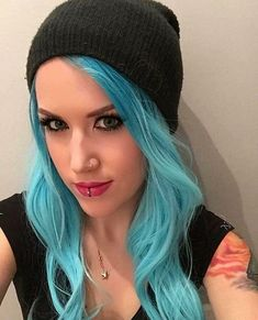 Different shade. Same beautiful person. - AlissaWhiteGluz Chica Heavy Metal, Heavy Metal Girl, Death Metal, Beautiful Person, Beautiful People, Beautiful Women, Rock Festival, The Agonist, Ladies Of Metal