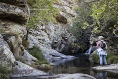 Las Calderas del Cambrones (Segovia) - Ropa Tutorial and Ideas Secret Places, Rv Travel, Madrid, Waterfall, Beautiful Places, Spain, Places To Visit, Sierra, Vacation