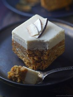 raw vegan gluten-free carrot cake paleo recipe