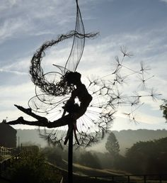 Wire sculpture by Robin Wight I'd give anything for one of his fairies! Robin Wight, Fantasy Wire, Foto Fantasy, Sculptures Sur Fil, Art Sculpture, Wire Sculptures, Abstract Sculpture, Fairy Art, Belle Photo