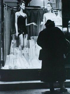 1000 images about vintage lingerie shopping photos on - Salon lingerie paris ...