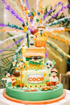 Today youre invited to Cocos fun-filled Pinoy fiesta and we cant wait to show you all the detail Themed Birthday Cakes, Themed Cakes, Birthday Party Themes, Fiesta Cake, Fiesta Theme Party, Filipino, Independence Day Special, Fiesta Decorations, Party Sweets