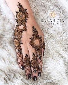 Mehndi Designs: Simple And Easy Henna Henna Hand Designs, Mehndi Designs Finger, Modern Henna Designs, Henna Tattoo Designs Simple, Mehndi Designs 2018, Mehndi Designs For Beginners, Mehndi Designs For Girls, Mehndi Design Photos, Mehndi Designs For Fingers