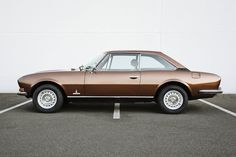 Peugeot 504 Coupe we had this car in Vancouver and I Loved It. Peugeot 304, Psa Peugeot Citroen, Peugeot Bike, French Classic, Classic Cars, Ford Gt, 3008 Gt, Peugeot France, Automobile