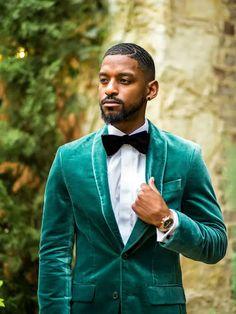 Groom wearing emerald green velvet tux with black bow tie Great Gatsby Wedding, Wedding Ideas, Black Bow Tie, Groom Wear, Green Velvet, Suit Jacket, Theme Ideas, Emerald Green, How To Wear