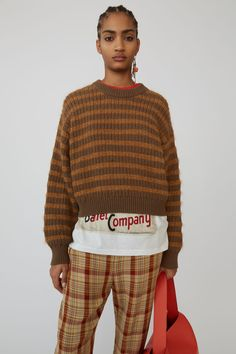 Acne Studios brown/tobacco sweater is rib-knitted to a relaxed fit with sparkling striped yarns. Thrift Fashion, Pullover, Brown Sweater, Soft Grunge, Sweaters For Women, Women's Sweaters, Knitwear, What To Wear, Personal Style