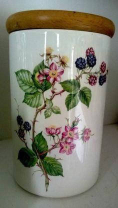 Beautiful Canister Botanic Garden Pomoma portmeirion pottery black raspberry HTF