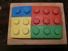 """""""Rot-Knäppchen"""" backt...: 07.07.2017 - Lego-Torte für Paul Lego Torte, Pies, Birthday, Red, Backen"""