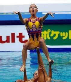 Funny Humor Photos Humor Oh Look us at the pool! Funny Photos, Funny Images, Sports Fails, Perfectly Timed Photos, Synchronized Swimming, Smosh, Humor Grafico, Sports Humor, Funny Fails