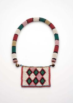 South Africa | Necklace from the Zulu people | Textile, glass beads and cotton | ca. 1850 - 1919