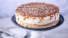 Seks iskaker du kan lage til mai - Godt. Instant Espresso, Norwegian Cuisine, Pudding Desserts, Dessert Drinks, Something Sweet, Let Them Eat Cake, I Love Food, Cake Cookies, Just Desserts