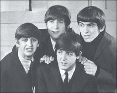 Image discovered by dolores ☾. Find images and videos about the beatles, beatles and john lennon on We Heart It - the app to get lost in what you love. The Beatles, Beatles Photos, George Beatles, Great Bands, Cool Bands, Liverpool, The Quarrymen, Music Genius, Is 61