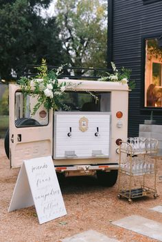 Fetch Me Champagne- DFW area Jeep with Taps, Bartenders and cocktails for your event. Dallas Bars, Prosecco Bar, Dry Bars, Champagne Bar, Mobile Bar, Landscaping Software, Event Styling, Entertaining, Projects