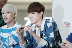 [FANTAKEN] 2014.07.06 — GOT7 @ Yeongdeungpo Times Square Fansign Event ©MY OWN MARK mark0904.com https://twitter.com/myown_mark https://farm3.staticflickr.com/2929/14456493479_61cedaeb90_o.jpg