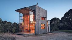 Hut on Sleds, a 35 sq metre home designed by Crosson Clarke Carnachan in Whangapoua, New Zealand