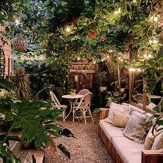 Back Patio, Backyard Patio, Backyard Landscaping, Backyard Projects, Landscaping Ideas, Backyard Ideas, Dream Garden, Home And Garden, Tiny Garden Ideas Patio