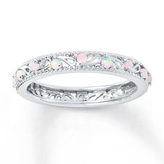 I should have never laid my eyes on this ring. now I won't be happy with anything else!!! :(