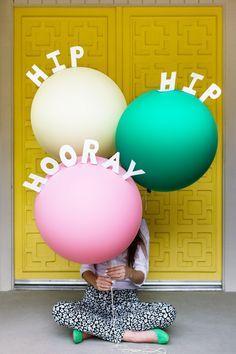 DIY Pop-Up Message Balloons - Studio DIY