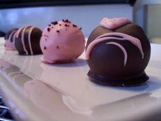 The Inner Gourmet: Cake Balls/ Truffles