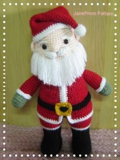 Santa claus 12' amigurumi by Jane Pmm doll room with Free pattern #santa #amigurumi #crochet